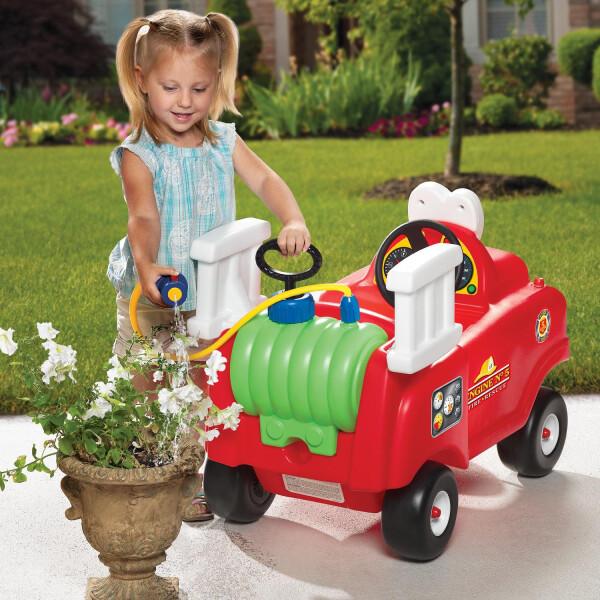 Little Tikes Cozy Coupe Spray & Rescue Fire Truck (DISKON – Selang Air Sedikit Bocor) 4