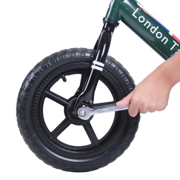 London Taxi Kick Bike – White 5