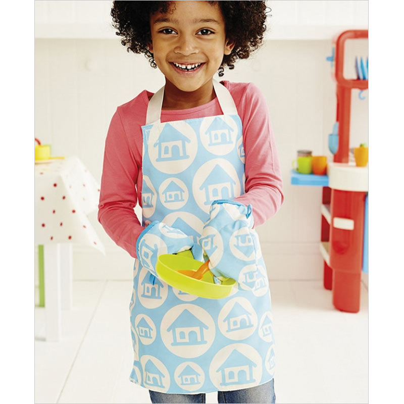 Toys ELC Apron and Oven Gloves